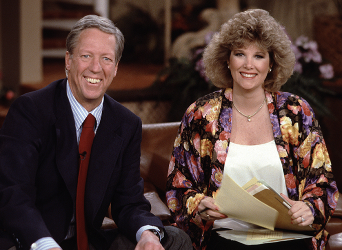 """GOOD MORNING AMERICA - 2/23/87 David Hartman and Joan Lunden on """"Good Morning America"""", 2/23/87. """"Good Morning America"""" airs Monday-Friday, 7-9 a.m., ET, on the ABC Television Network.  GM87 (ABC/Fred Watkins) DAVID HARTMAN, JOAN LUNDEN"""