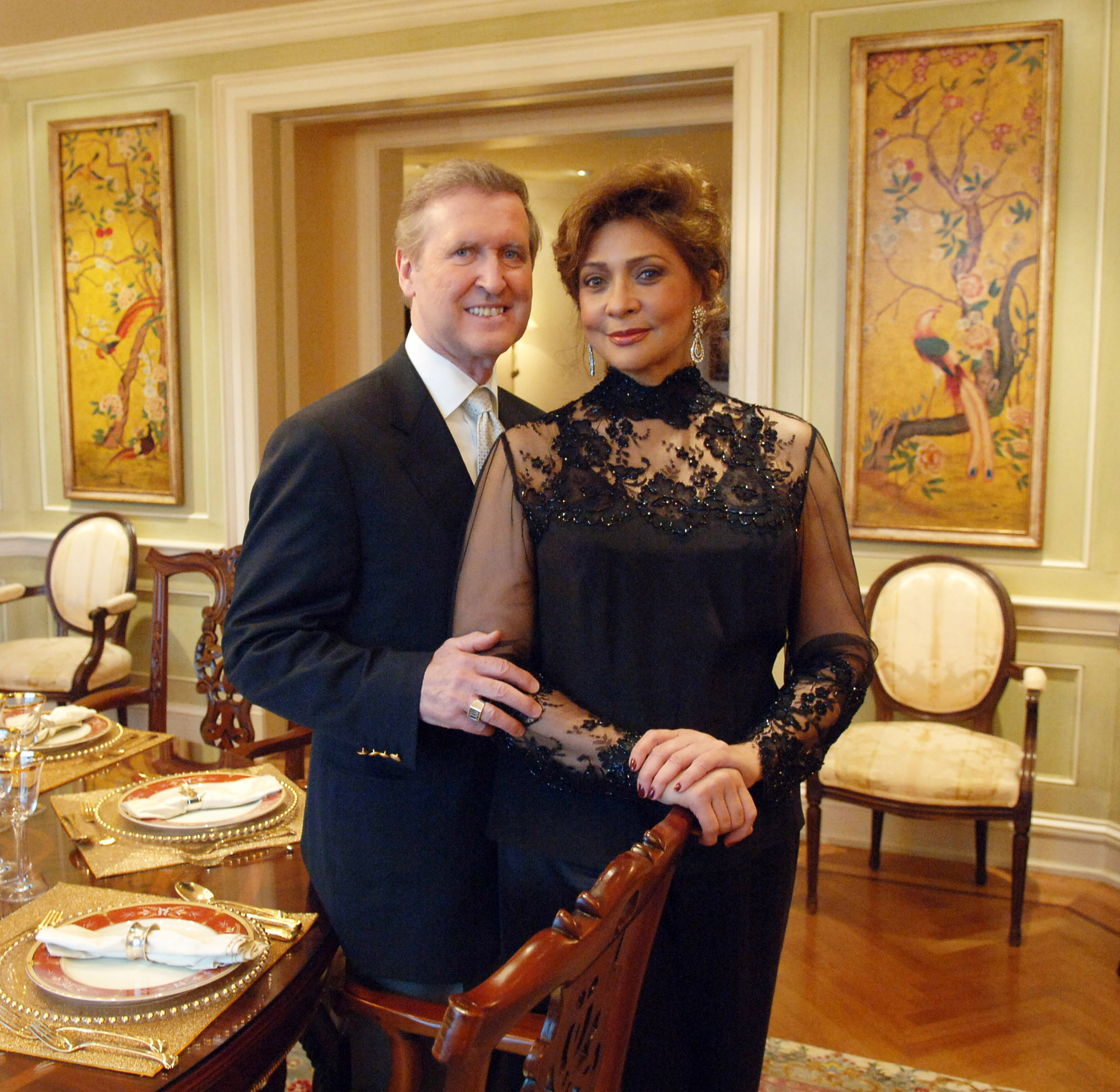 Sec William Cohen & Wife at home please give to L.Norment   _Fred Watkins, JPC Photographer